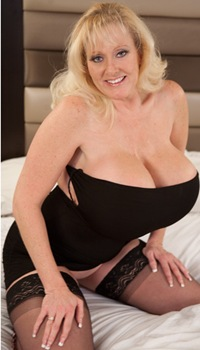 mature woman exposing her big naturals